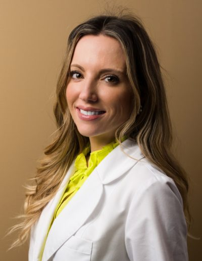 Dr Kelly Halderman